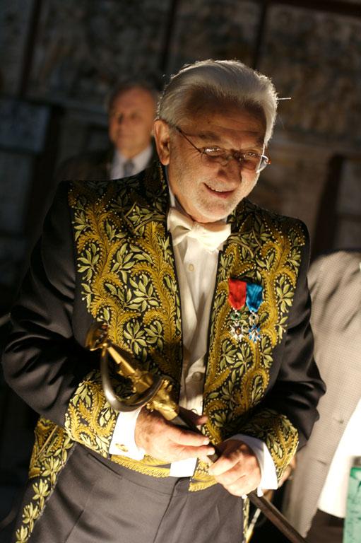 Lucien Clergue en Habit de Lumière, Chapelle des beaux-arts, Paris 2007